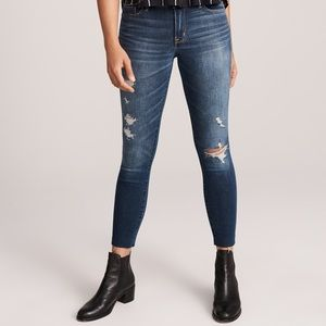A&F | Harper Low Rise Ankle Jeans
